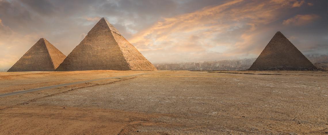 Logan Five Pyramid, Corporate Design